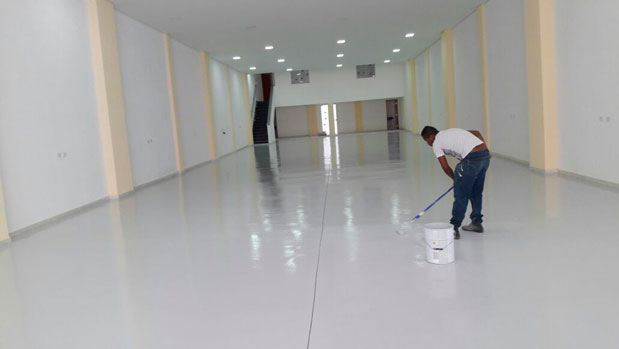 Pintura epóxi para piso industrial
